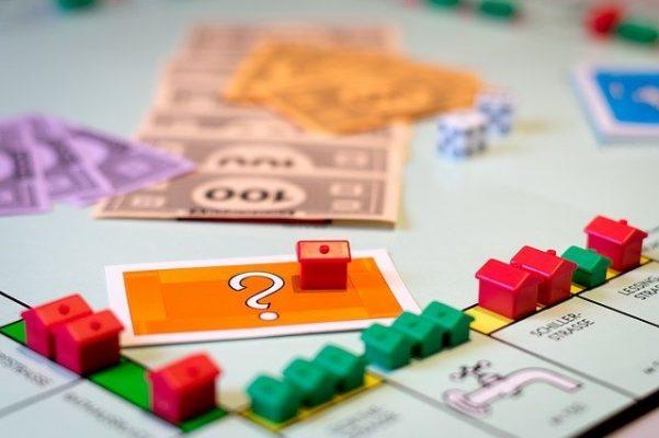 Assurance-vie baisse continue des fonds en euros